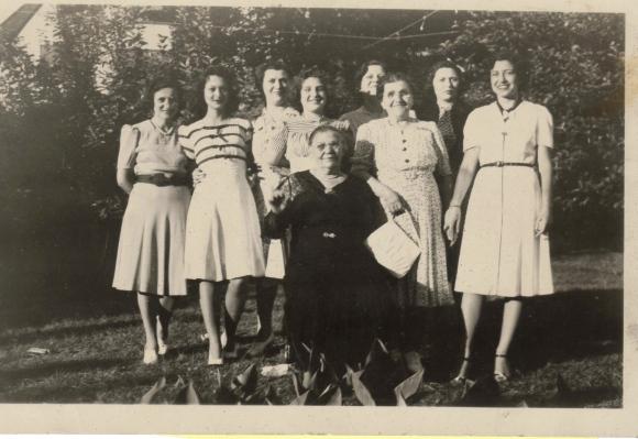 Gertzman Women circa 1940 - Version 2